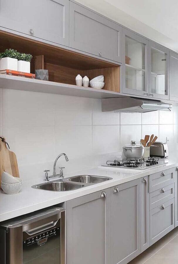 cozinha planejada com armários cinza com design retrô Foto Ideias Decor