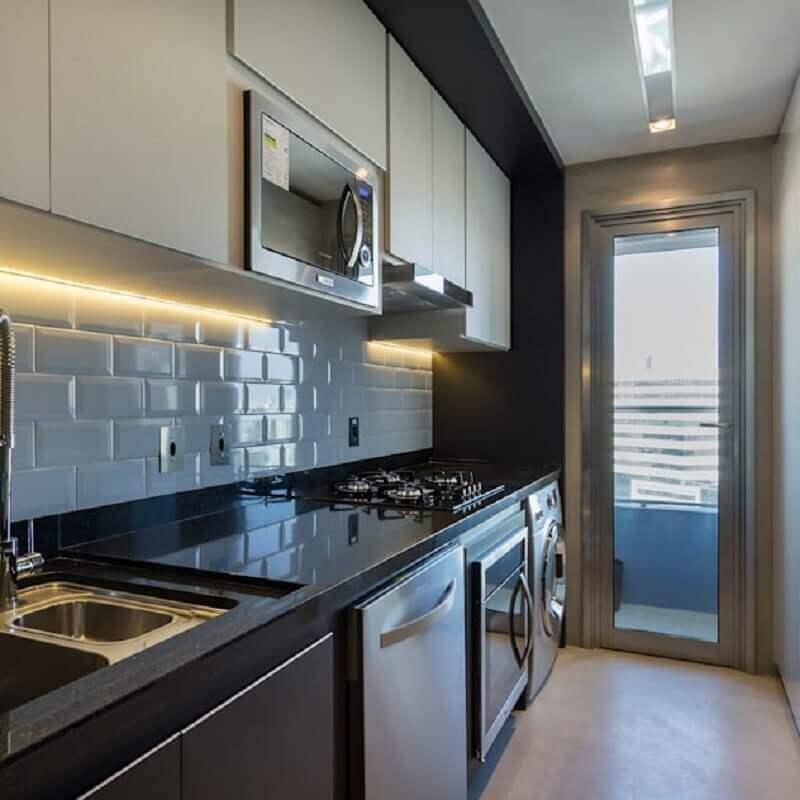 cozinha planejada com lavanderia Foto Studio DWG Arquitetura e Interiores