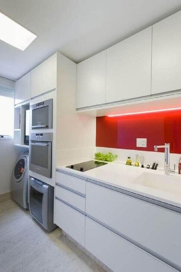 cozinha planejada com lavanderia Foto Vazlon Brasil