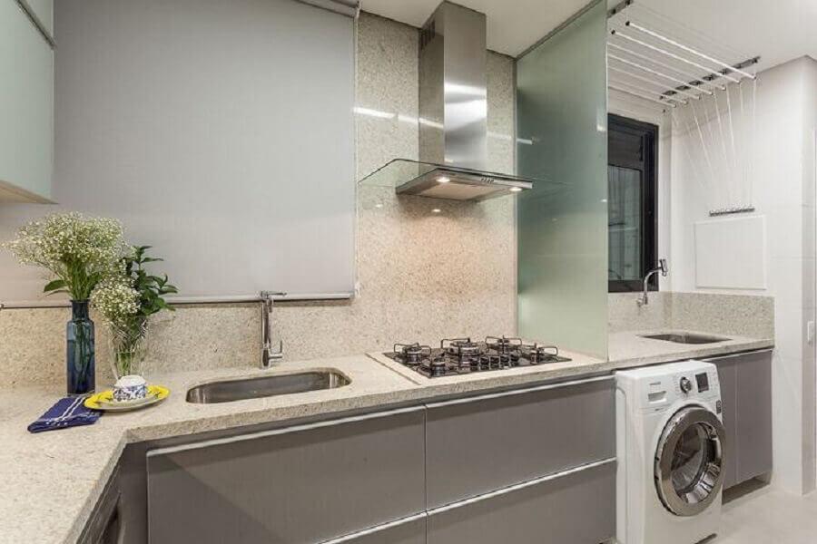 cozinha planejada com lavanderia e cooktop Foto Home Fashion Trend