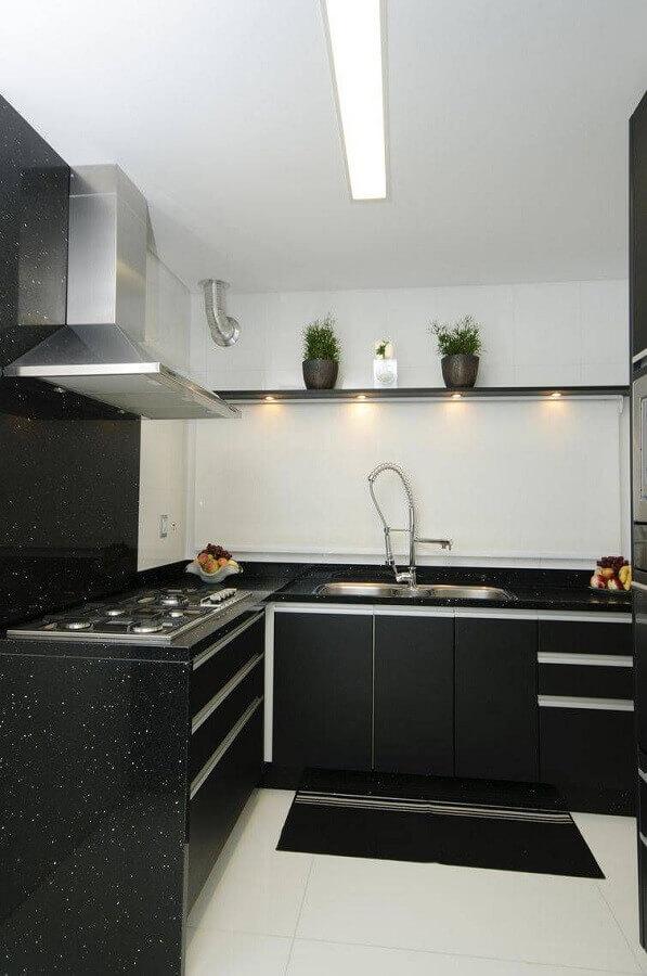 cozinha preta e branca planejada Foto Webcomunica