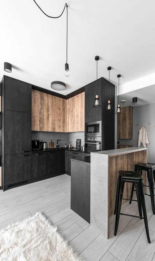 cozinha preta moderna decorada com armários planejados Foto Webcomunica