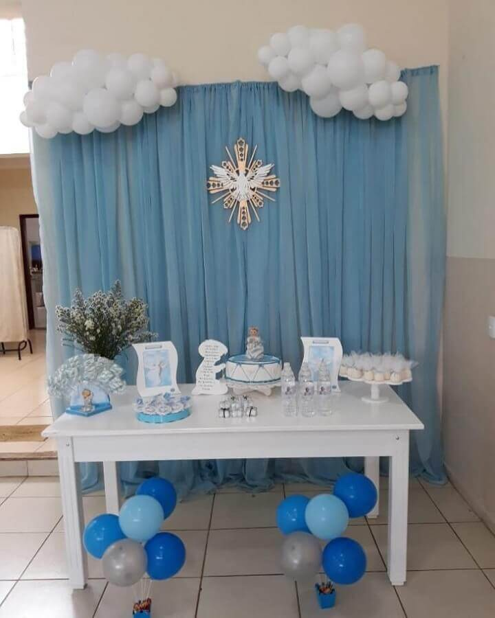 simple christening decoration white and blue Photo House of Ornaments