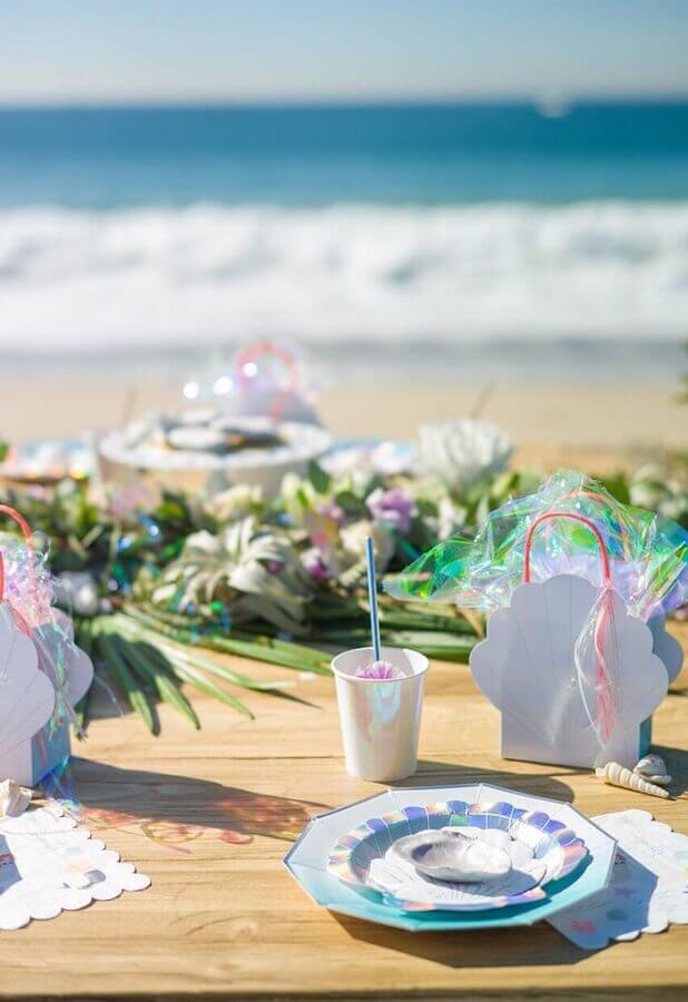 decoração festa sereia na praia Foto Papo Glamour