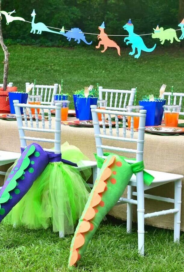 dinosaur party decoration baby outdoors