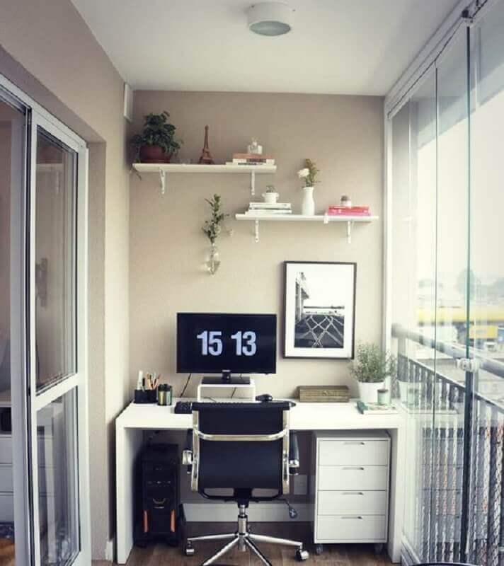 decoração para home office planejado na varanda Foto Carreira Fácil