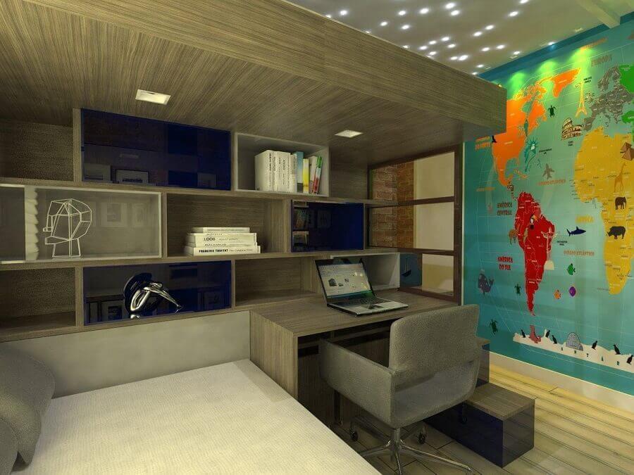 decoração para quarto com home office pequeno e mapa na parede Foto Larissa Vinagre