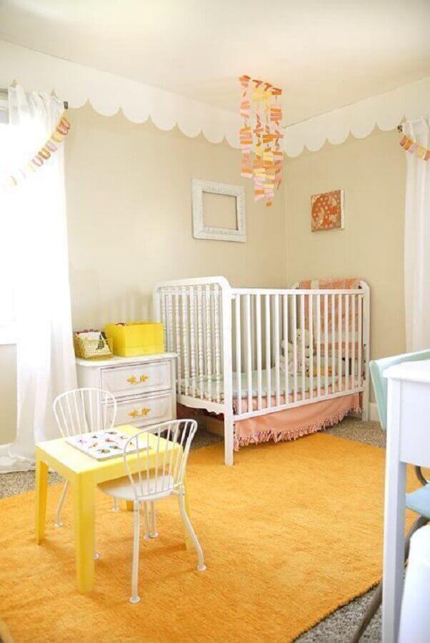 decoração para quarto de bebê amarelo feminino Foto Pinterest