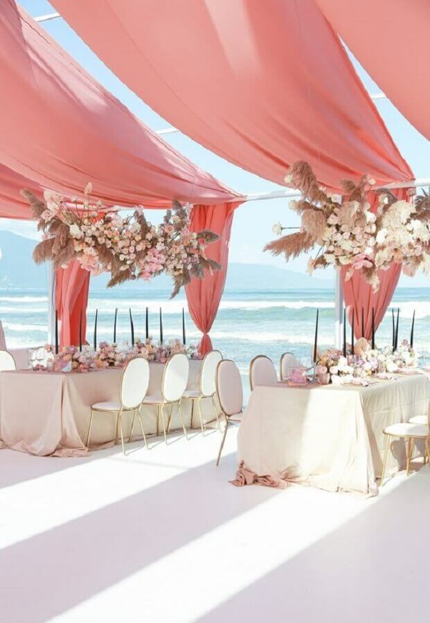 romantic beach wedding decoration Foto It Girl Weddings