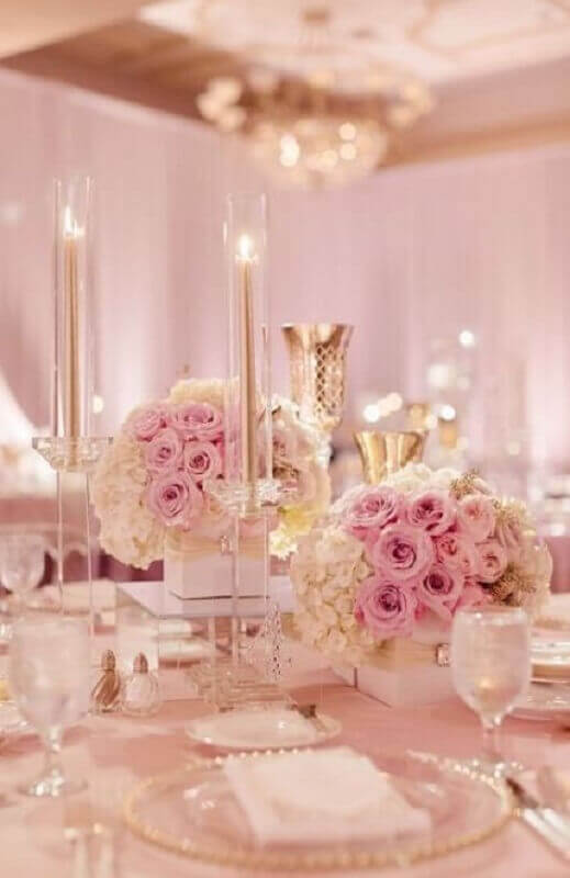 romantic decoration with pink flowers for wedding party decoration Foto Pinterest