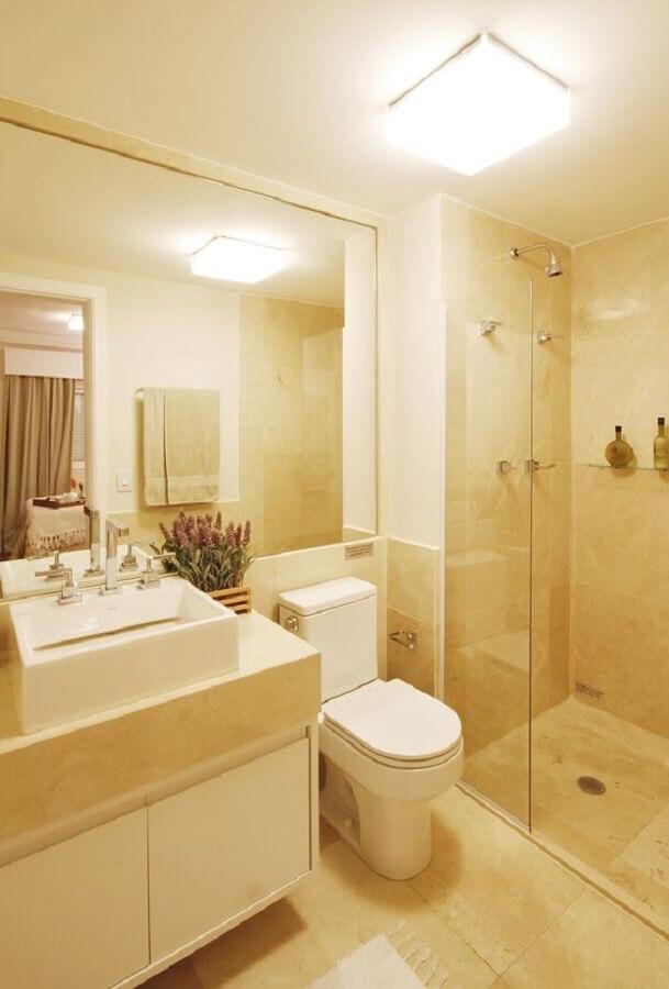 decoração simples com lustre para teto de banheiro Foto Revista VD