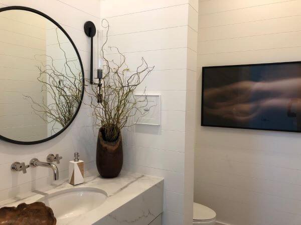 Lavabo com pia de mármore