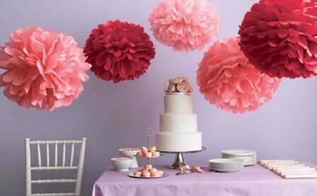 Flor de papel de seda na decoração