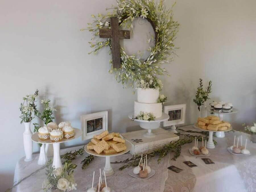 idea for decoration of simple christening Photo Catch My Party