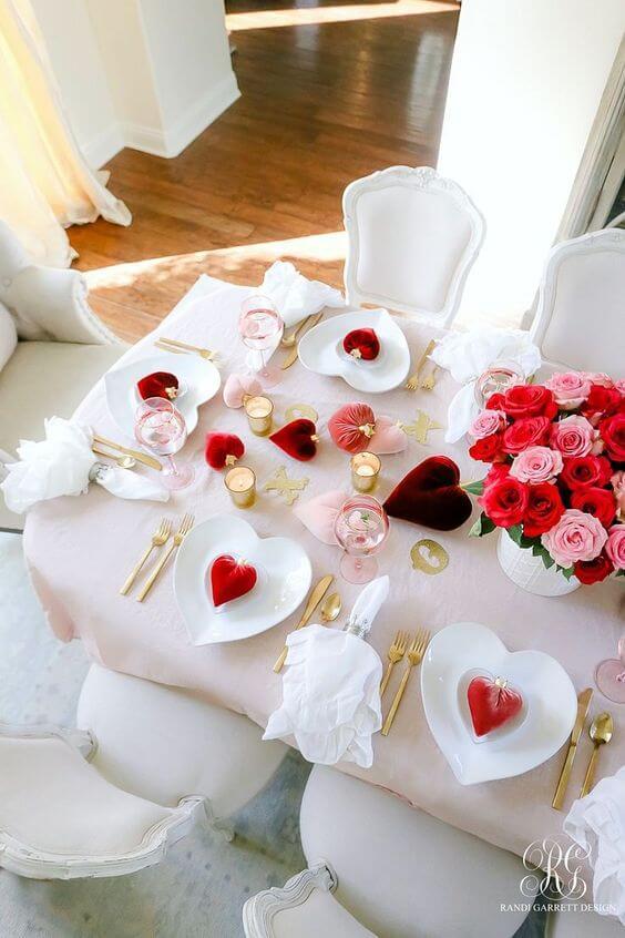 Ideias para dia dos namorados com corações vermelhos
