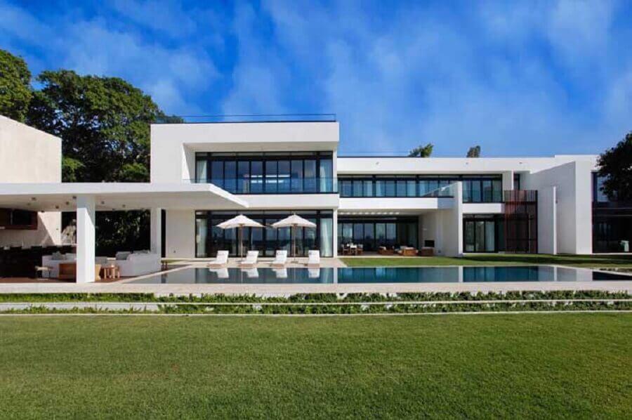 jardim amplo para casas de luxo com piscina Foto Foto Architecture Art Designs