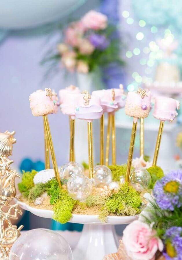 linda ideia de decoração para festa de sereia  Foto Zozu