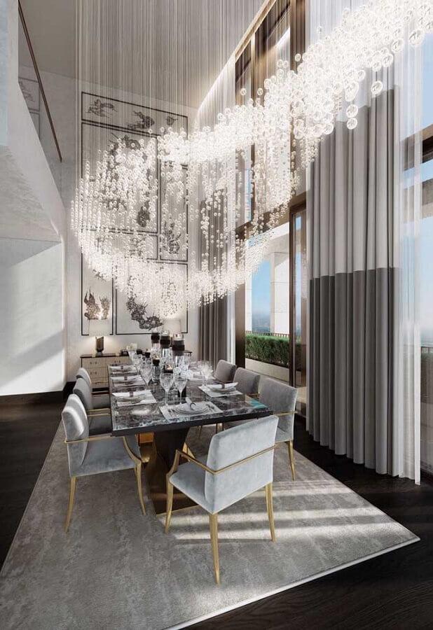 lustre de cristal para decoração de sala de jantar de casas de luxo Foto Webcomunica