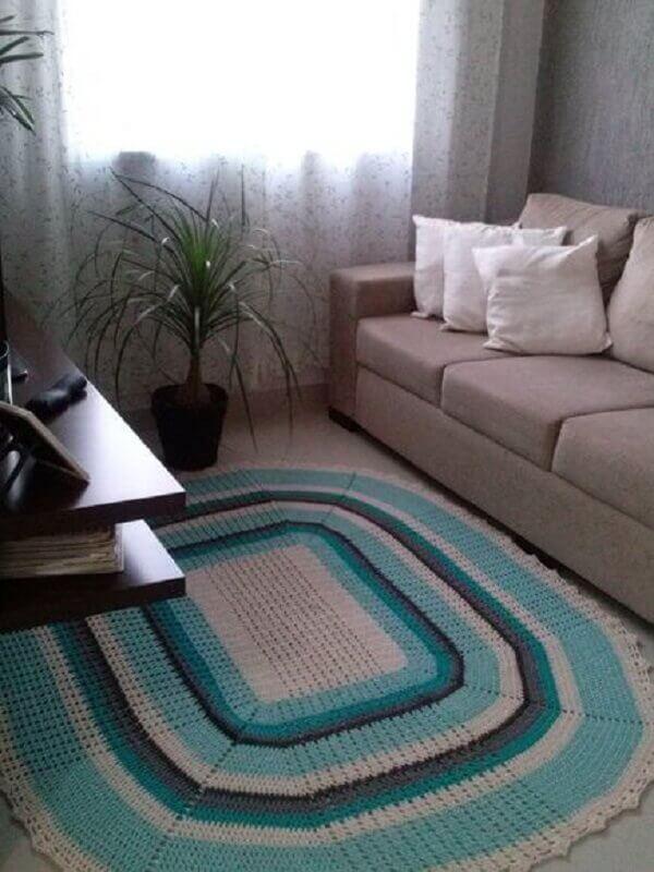 modelo de tapete de crochê para sala colorido Foto Pinterest