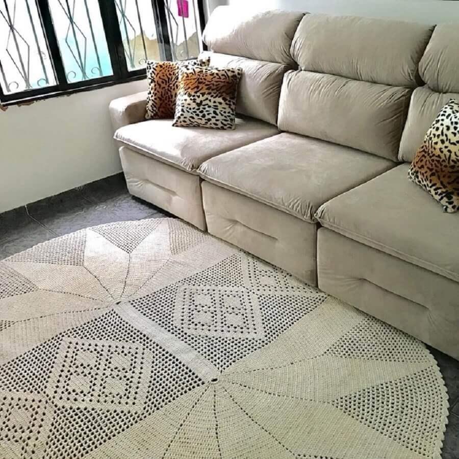 modelo delicado de tapete de crochê para sala Foto Artes da Mi
