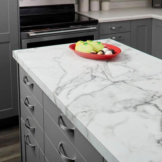 Pia e balcão de mármore para cozinha