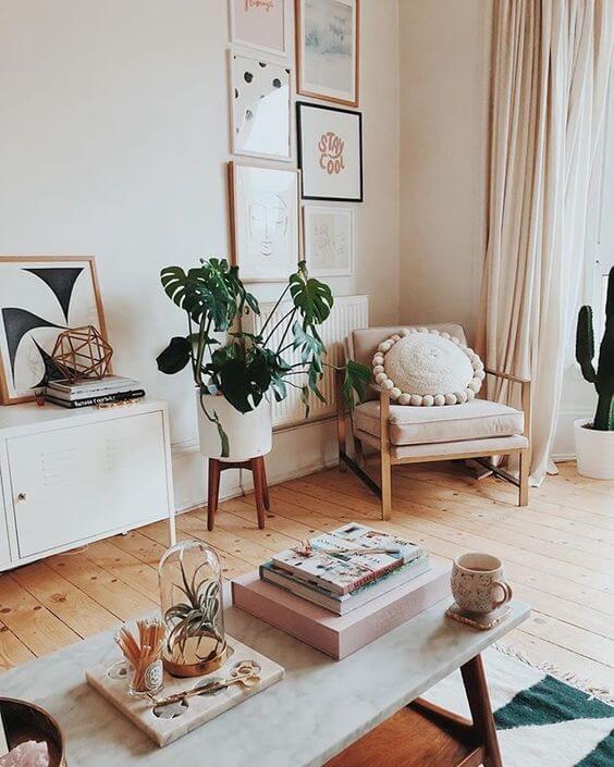 Poltrona para sala moderna com almofada combinando