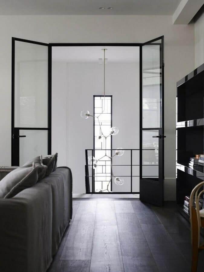 porta de vidro para sala com estrutura de aço Foto Homedit