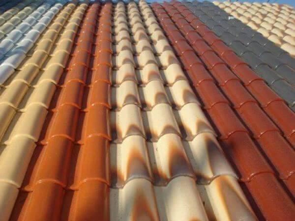 Telha esmaltada de diferentes cores