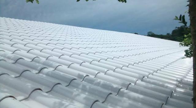 Telha esmaltada branca para casas modernas