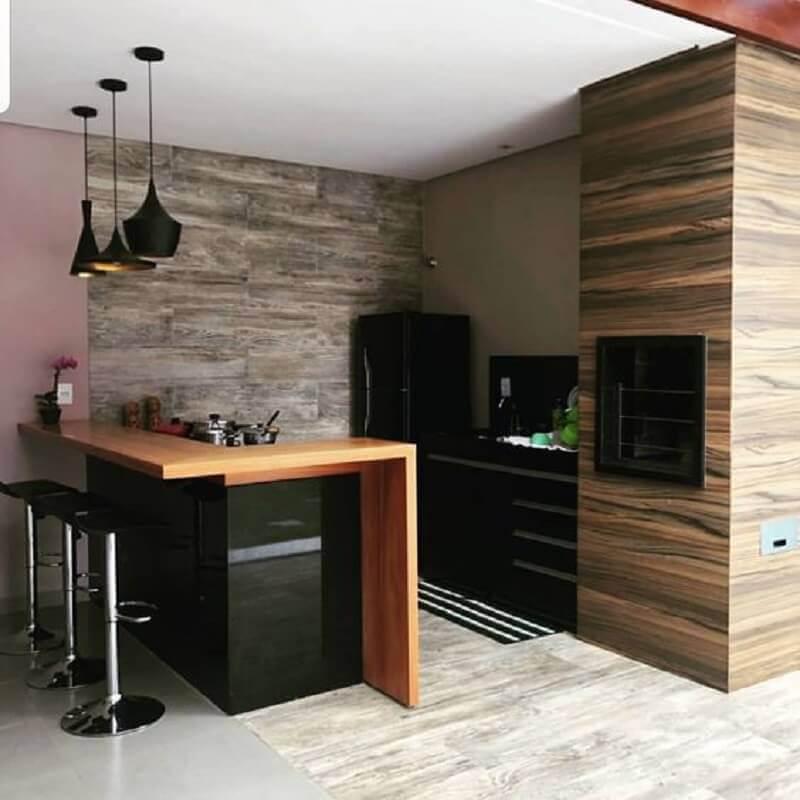 área gourmet simples planejada com bancada de madeira Foto Pinterest