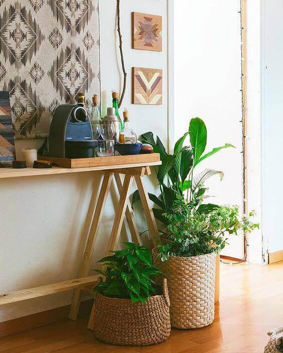 Aparador para sala de madeira fininha para ambientes aconchegantes