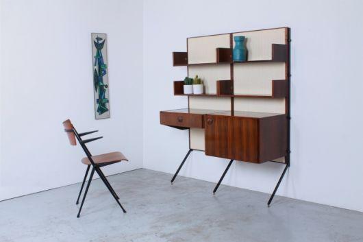 Aposte em acabamentos diferenciados na hora de escolher sua escrivaninha com estante. Fonte: Pinterest
