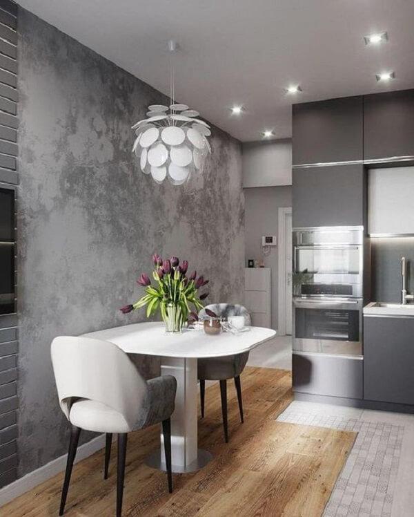 As cadeiras para cozinha estofadas trazem delicadeza para a decoração