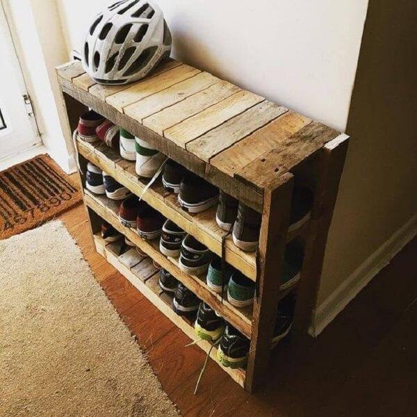 As sapateiras de madeiras são versáteis e duráveis