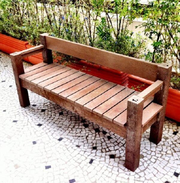 Banco de madeira jardim rústico