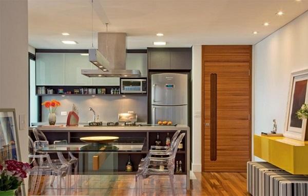 Cadeiras para cozinha americana transparentes