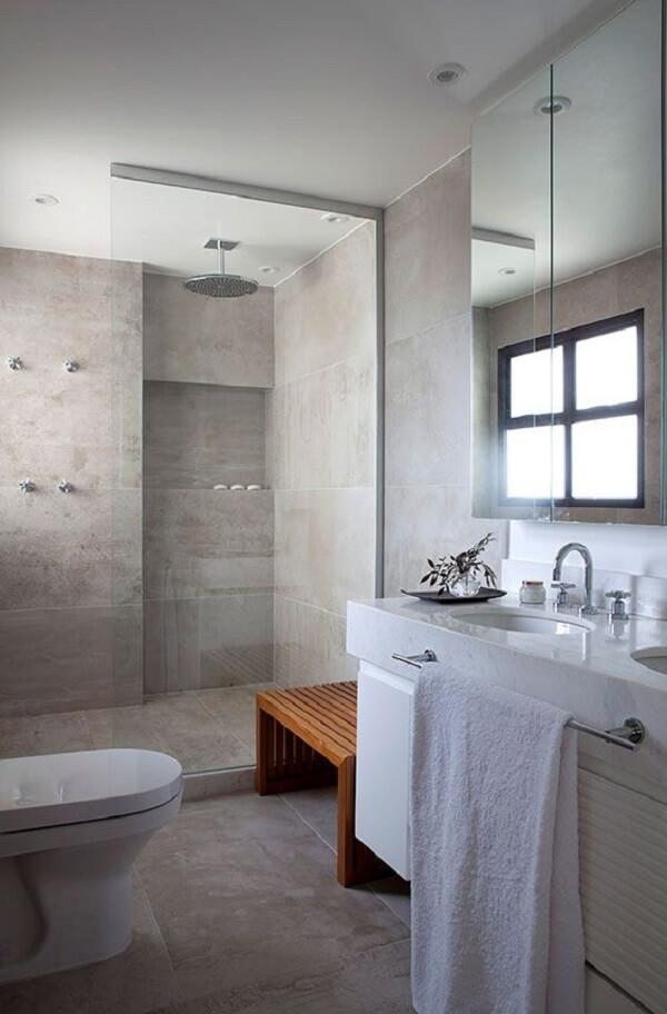 Chuveiro de teto e box para vidro. Fonte: CSDA Arquitetura + Decoração