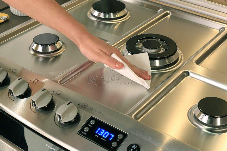 Como limpar fogão de inox com dicas práticas