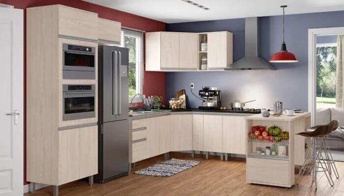 Esse modelo de cozinha modulada segue o formato em J. Fonte: Henn