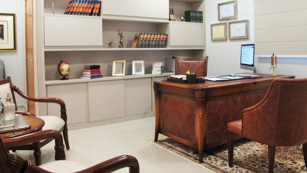Móveis para escritório armário branco