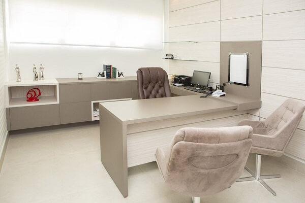 Móveis para escritório bege