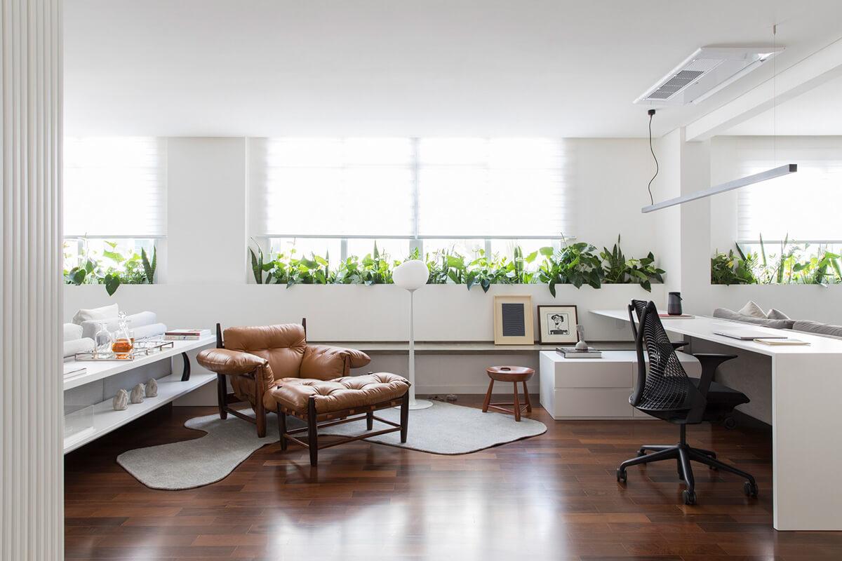 Móveis para escritório com puff e poltrona
