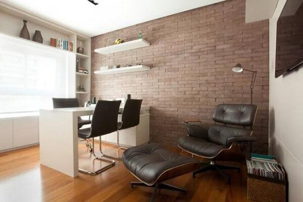 Móveis para escritório com poltrona com puff