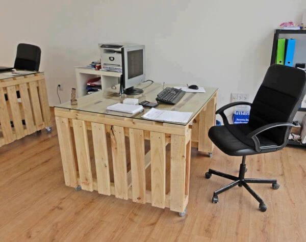 Móveis para escritório mesa de vidro e pallet