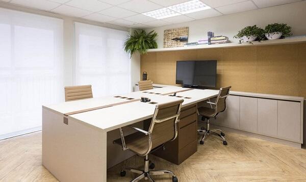 Móveis para escritório para 4 pessoas