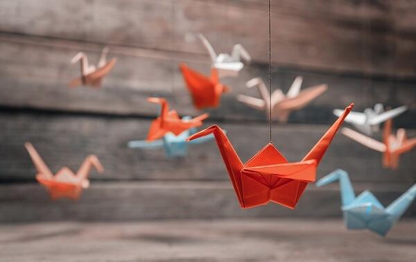 Origami fácil pássaro laranja