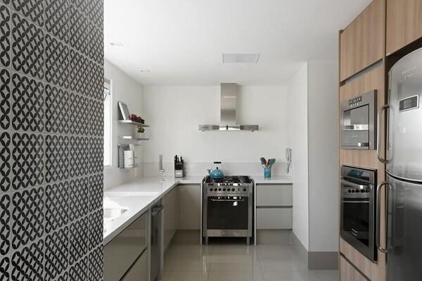 Aprenda como limpar fogão de inox sem danificá-lo