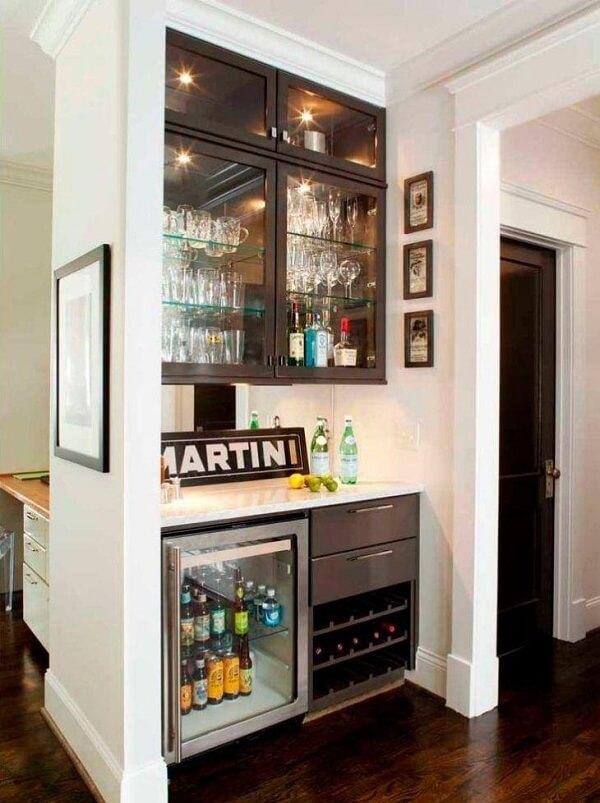 Reserve um cantinho especial para montar seu home bar