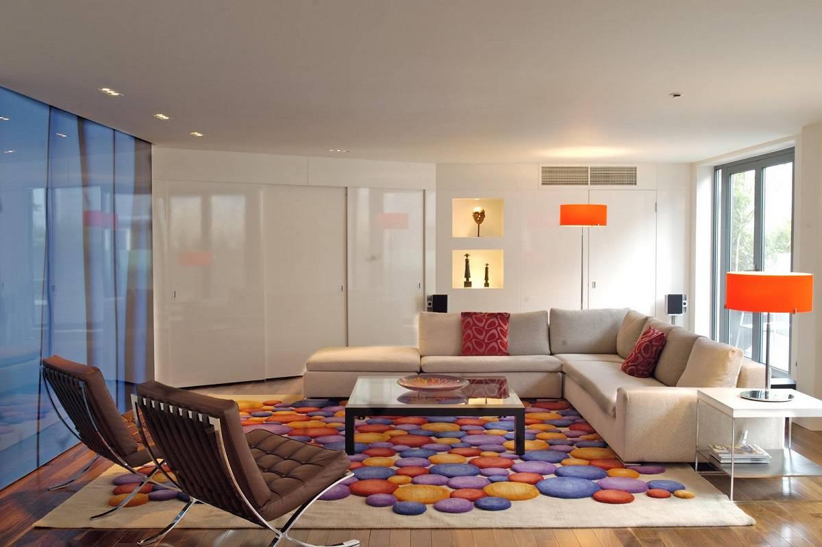 tapete geométrico colorido sala