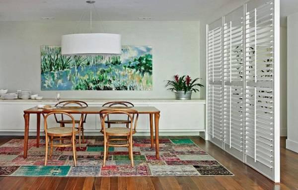 Tapete colorido para sala de estar